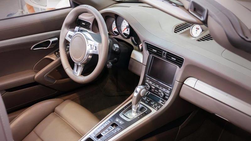 bonifica da microspie e rilevatori GPS in automobile