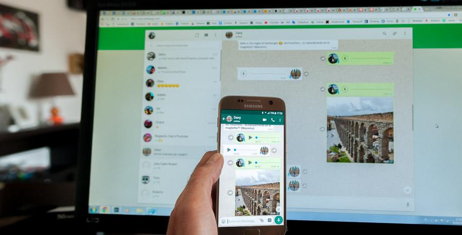 Whatsapp Web: i messaggi sul computer desktop duplicati sullo smartphone che diventa una spia