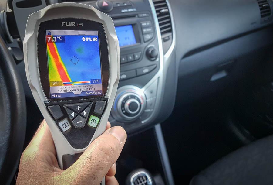 Bonifica ambientale dell'auto con la termo camera