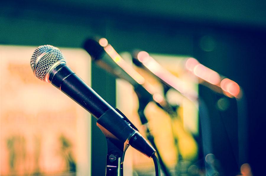 microfono in uno studio televisivo